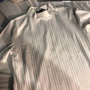 Very soft silky turtleneck short sleeve shirt